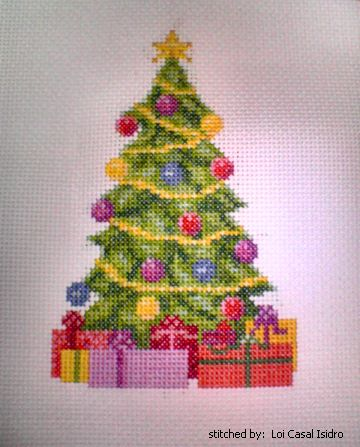 20 fantastic Christmas cross stitch patterns for you free to download.